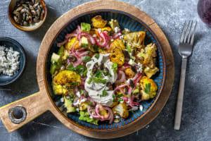 Chou-fleur rôti au curry & avocat en salade image
