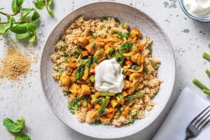 Curry rouge au poulet & semoule complète image