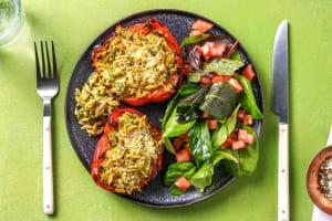 Halve paprika's gevuld met orzo, kaas en prei image