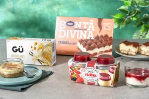 Ensemble de desserts : Tiramisu Bonta Divina   Panna Cotta aux fruits rouges   GÜ - Cheesecake au spéculoos image