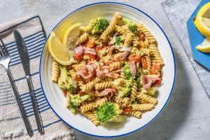 Fusilli in roomsaus met broccoli image