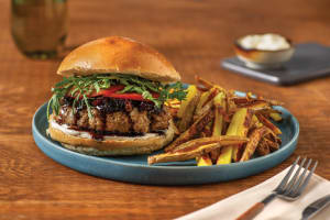 Cheesy Beef Burger & Peppercorn Aioli image