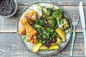Pilons de poulet, pommes de terre et brocoli image