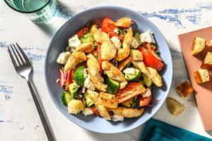 Hähnchenbrust auf griechischem Salat image