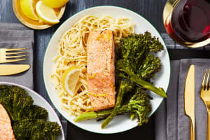 Lemon Garlic Salmon Fillets image
