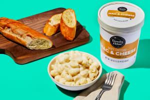 Mac & Cheese + Garlic Bread image
