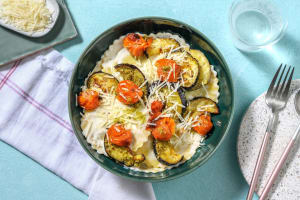 Maxi-Ravioli mit Tomate-Mozzarella-Füllung image