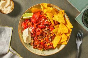 Mexicaans gekruide linzenstoof met pittige tortillachips image