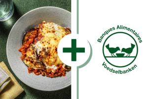 Vegetarische moussaka met knoflookbrood image