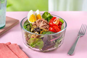 No-cook Tuna Niçoise Lunch Salad image