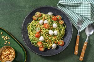 Popeye-Spaghetti mit Mozzarella-Konfetti image