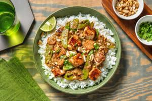 Hellmann's® Sesame Thai Cashew Chicken image
