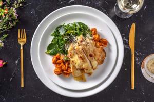 Poulet parmigiana & orecchiette à la sauce tomate image