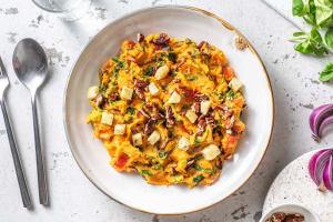Zoete-aardappelstamppot met kruidenkaas image