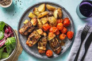 Roulés d'aubergine au halloumi & à la crème de basilic image