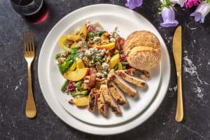 Salade composée de porc poêlé, poire & fourme d'Ambert image
