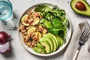 Salade de couscous perlé à l'avocat & lardons image