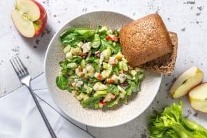 Waldorfsalade met blauwe kaas en walnoot image