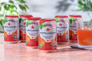 San Pellegrino - Bruisende drank sinaasappel en bloedsinaasappel image