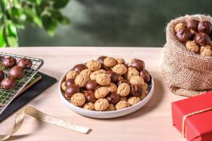 Speltkruidnoten met en zonder melkchocolade image