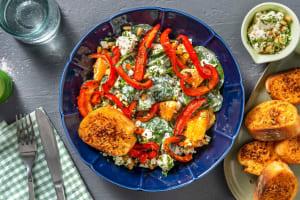 Spinatsalat mit Orange & Kräuter-Käse-Topping image