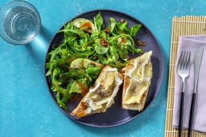 Tartine pomme, camembert & oignons confits image