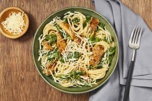 Tuscan Chicken & Kale Spaghetti image