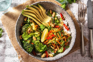 Vegetarische Bowl nach Thai Art image