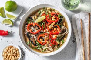Vegetarische pho met portobello image