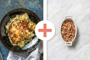 Lasagne met zelfgemaakte roomsaus en kipgehakt als extra image