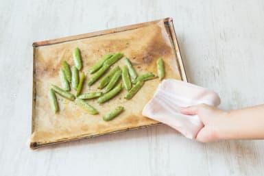 Broil snap peas