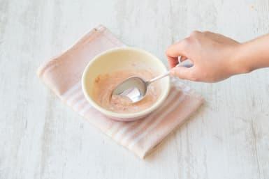 mix your tomato puree and yoghurt