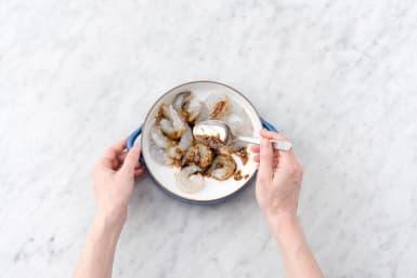 Marinate the shrimp