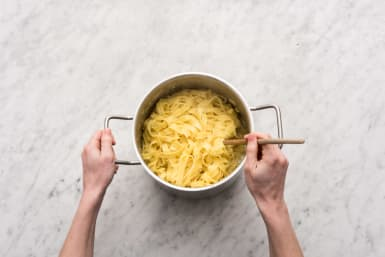 Simmer the pasta