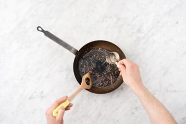 Make the balsamic fig sauce