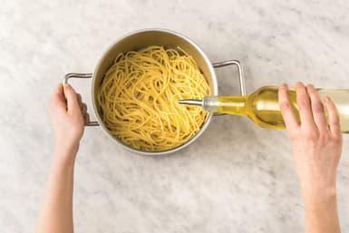 Cook the spaghetti