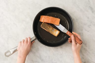 Cook the crispy salmon