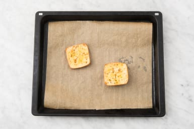 Toast Bread and Toss Salad