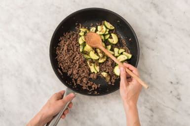 Cook Zucchini and Beef