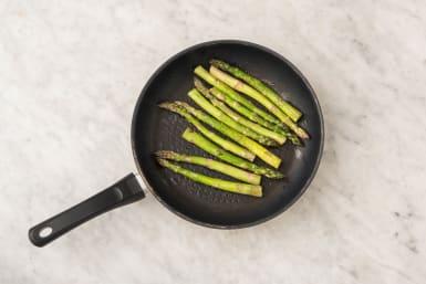 Crust Pasta and Cook Asparagus