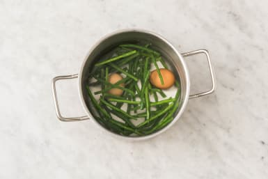 Cuire les haricots et les œufs