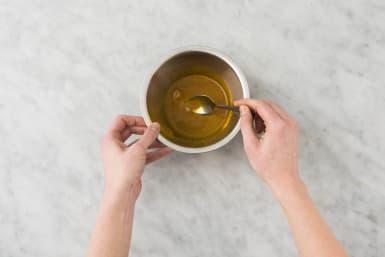 Préparer l'huile aux épices
