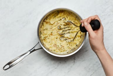 Make Mashed Potatoes