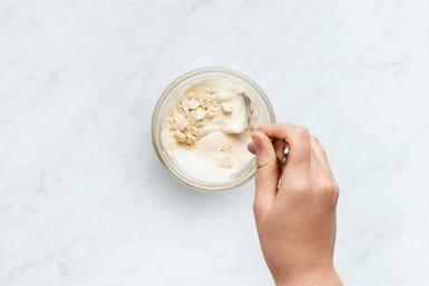 Make Horseradish Sauce
