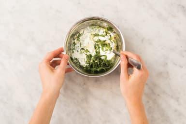 Make the mint yoghurt