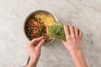 Tillsätt pesto & grönsaker