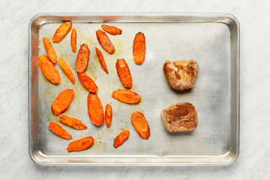 Cook Carrots and Pork