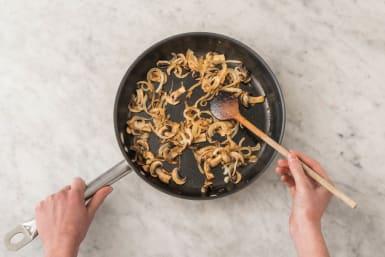 Préparer la sauce aux champignons
