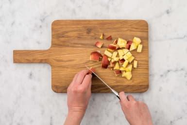 Apfel schneiden