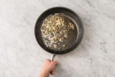 Préparer la sauce au beurre